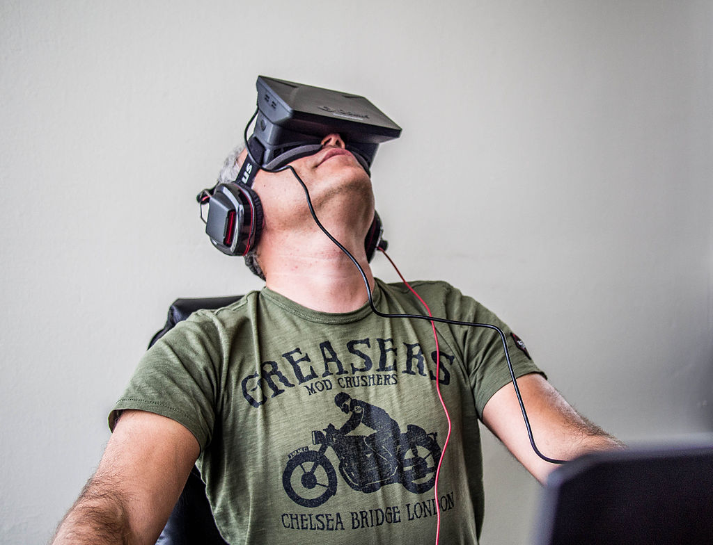 By Sergey Galyonkin from Kyiv, Ukraine (Orlovsky and Oculus Rift  Uploaded by Yakiv Gluck) [CC BY-SA 2.0 (http://creativecommons.org/licenses/by-sa/2.0)], via Wikimedia Commons